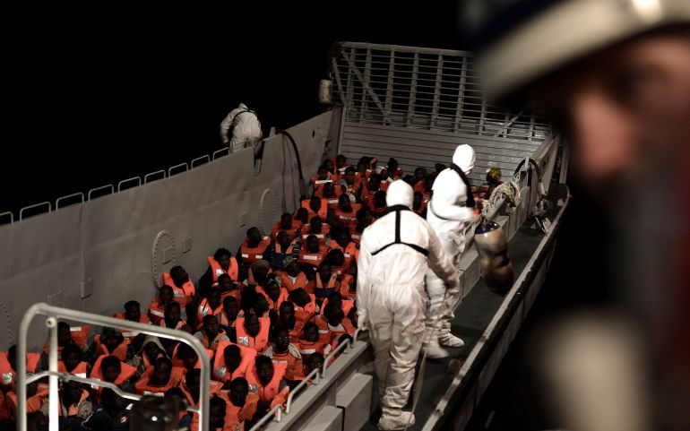 La embarcación 'Aquarius' con 629 migrantes a bordo.