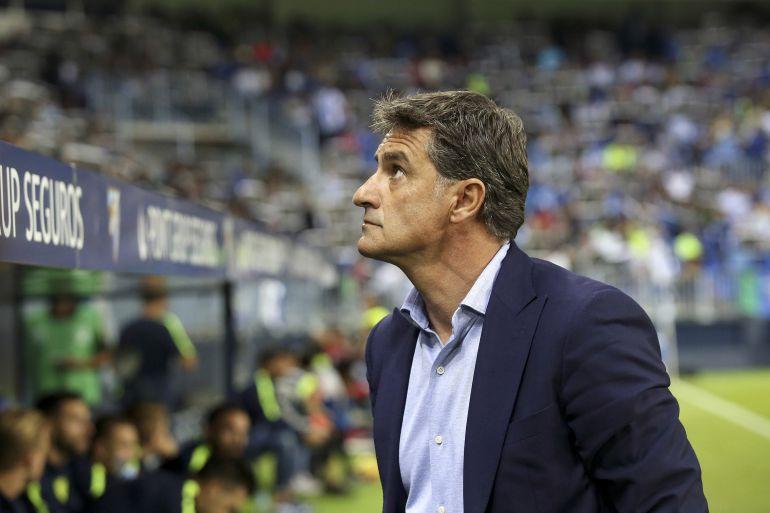 Míchel durante su etapa como entrenador del Málaga