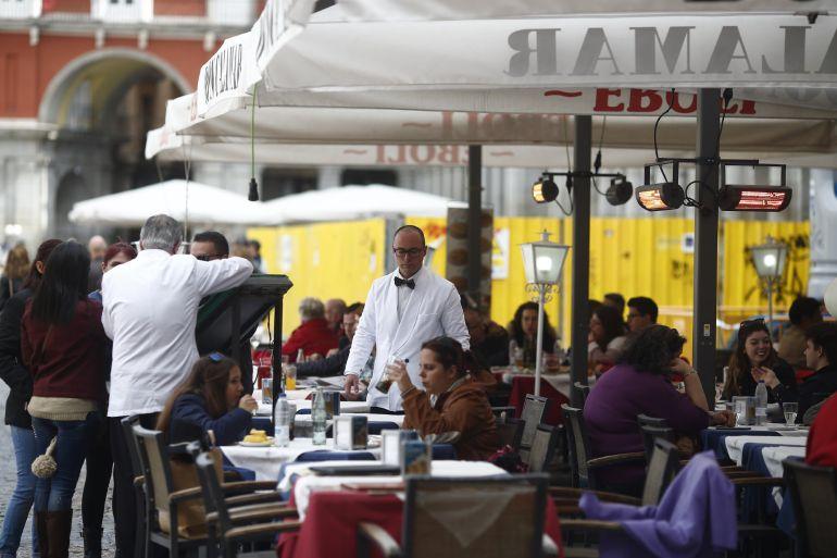 Trabajadores de la hostelería en Madrid.