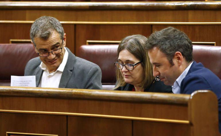 El diputado de Ciudadanos, Toni Cantó, durante el Pleno del Congreso de los Diputados, esta tarde en Madrid