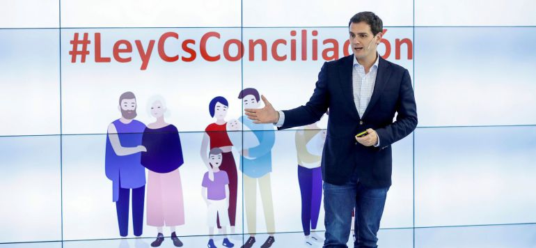 El presidente de Ciudadanos, Albert Rivera, durante la presentación de la Ley de Conciliación, Igualdad y Apoyo a las Familias elaborada por el partido, este jueves en Madrid