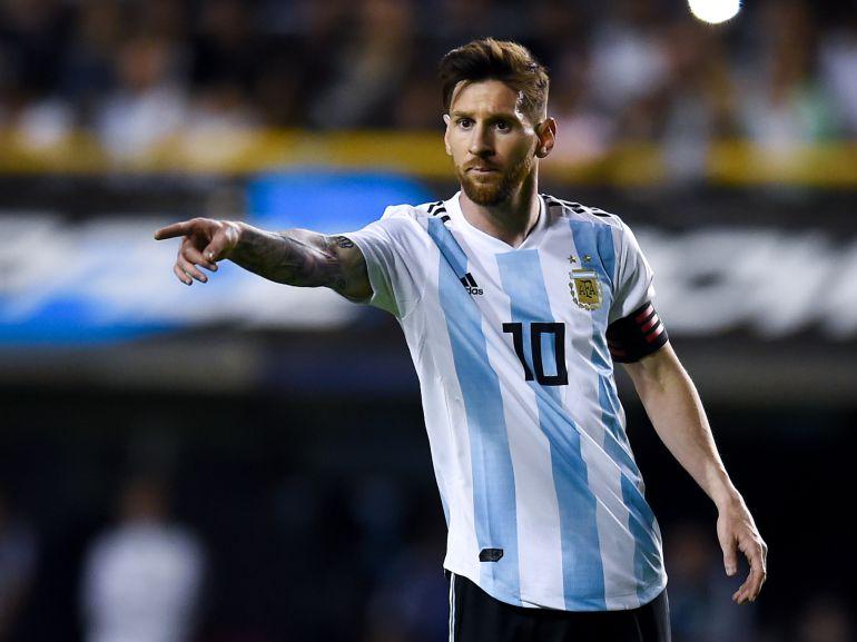 Argentina e Islandia empatan 1-1 tras primer tiempo