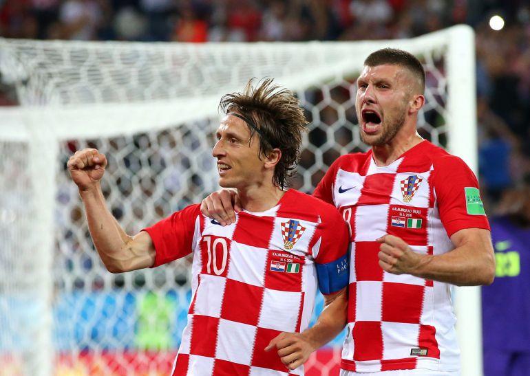 Modric celebra su gol de penalti