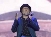 Sabina se queda 'mudo' a mitad del concierto en Madrid y abandona el escenario