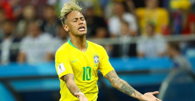 Neymar, desesperado durante el partido