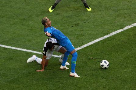 Neymar, en la jugada del penalti