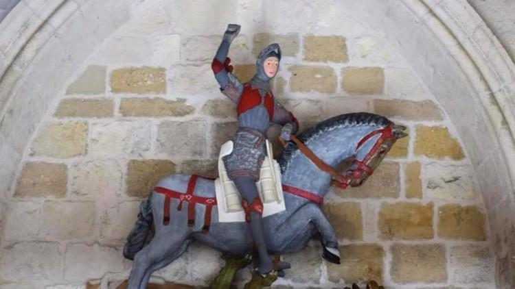 Ya hay nuevo 'Ecce Homo': La restauración del San Jorge de Estella que enfurece a los expertos