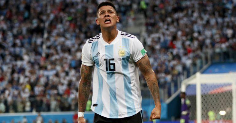 Marcos Rojo celebra el segundo gol de Argentina, el que clasificaba a la selección de Sampaoli