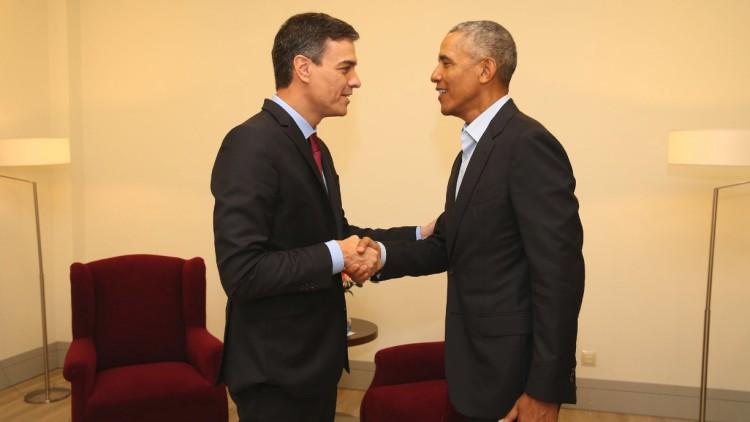 encuentro breve interesante entre pedro sánchez obama