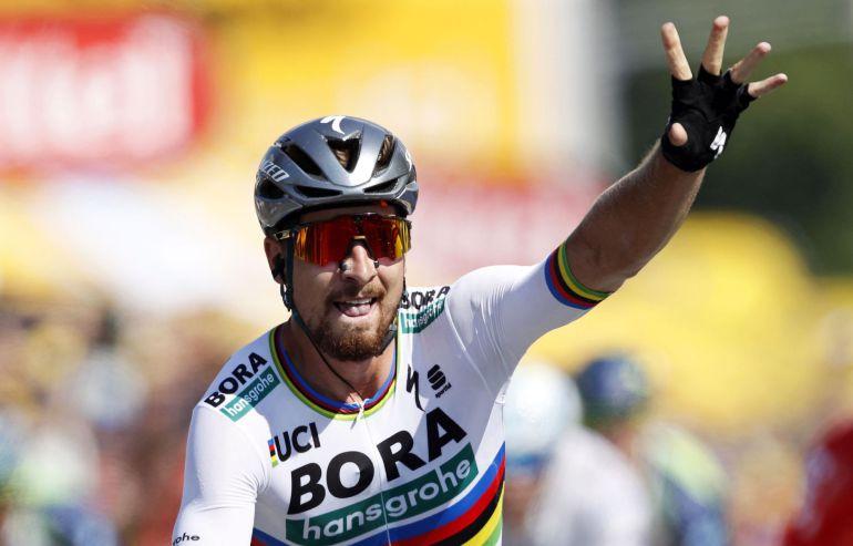 Peter Sagan celebra la victoria.