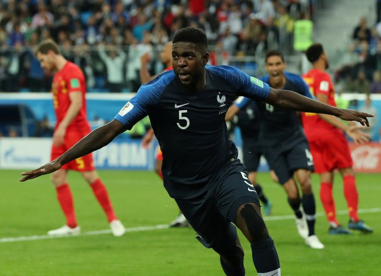 Samuel Umtiti celebra el gol que mete a Francia en la final del Mundial.