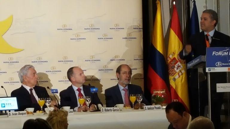 El presidente electo de colombia Ivan Duque, durante su intervención en el foro nueva economia de Madrid, en un acto presentado por el nóbel de literatura  Mario Vargas Llosa