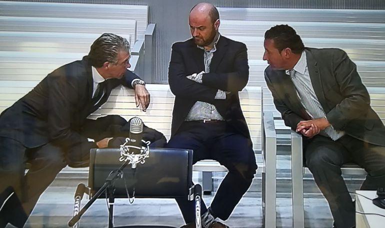 Granados, Talamino y Caro Vinagre durante el juicio