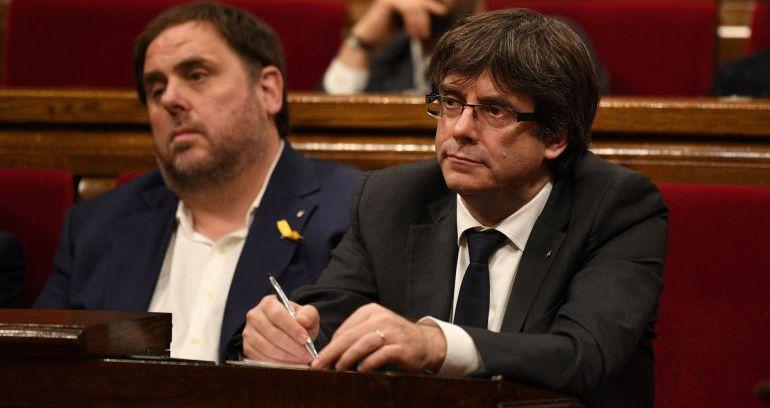 Junqueras y Puigdemont en el Parlament en una imagen de archivo
