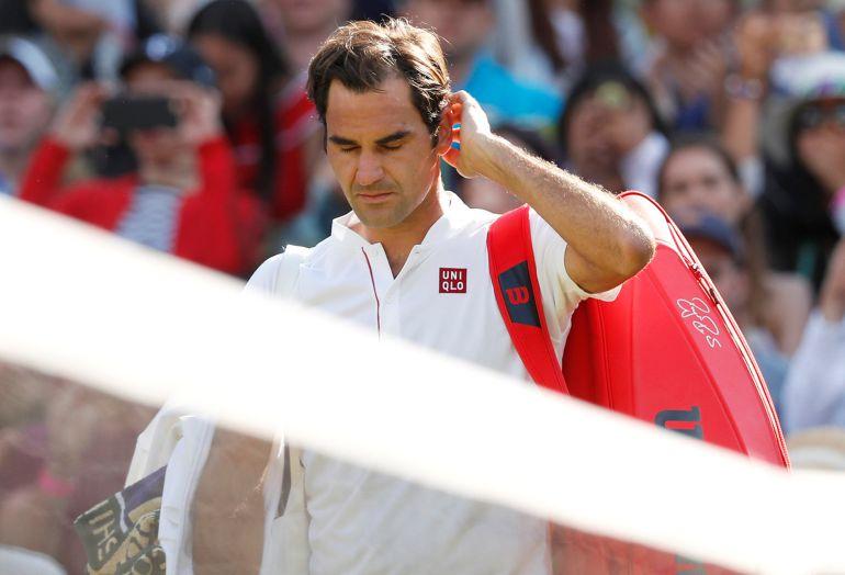 Federer abandona la pista 1 de Wimbledon tras su derrota