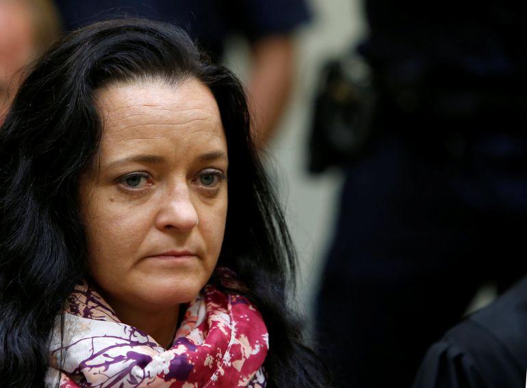 Cadena perpetua para la sobreviviente del trío terrorista neonazi alemán NSU
