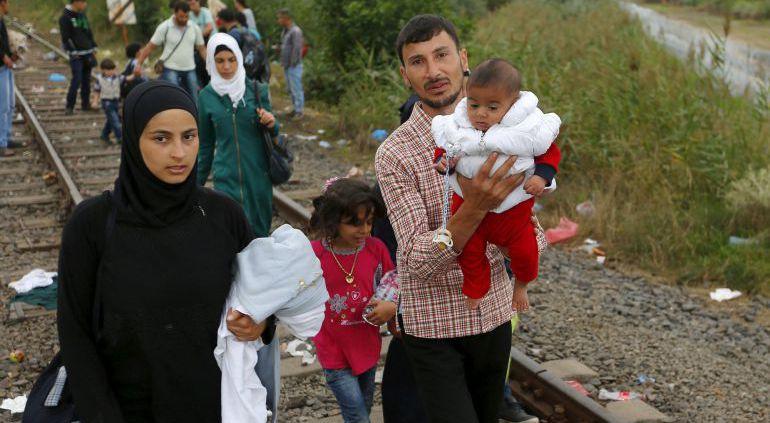 Refugiados Sirios entre Serbia y Hungría