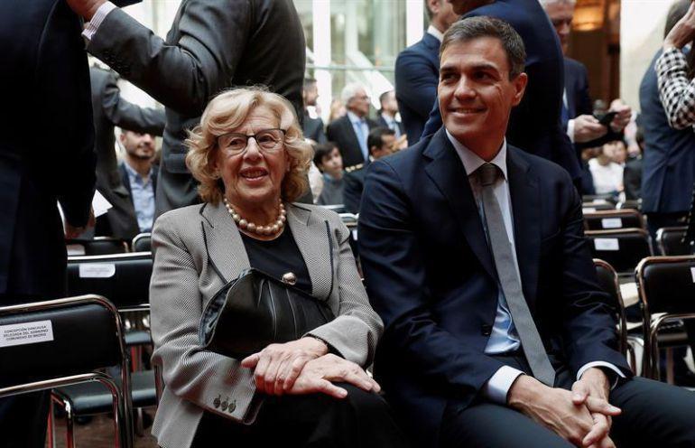 Pedro Sánchez y la alcaldesa de Madrid, en una imagen de archivo.