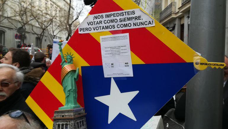 El Manantial: España debe aceptar la extradición de Puigdemont