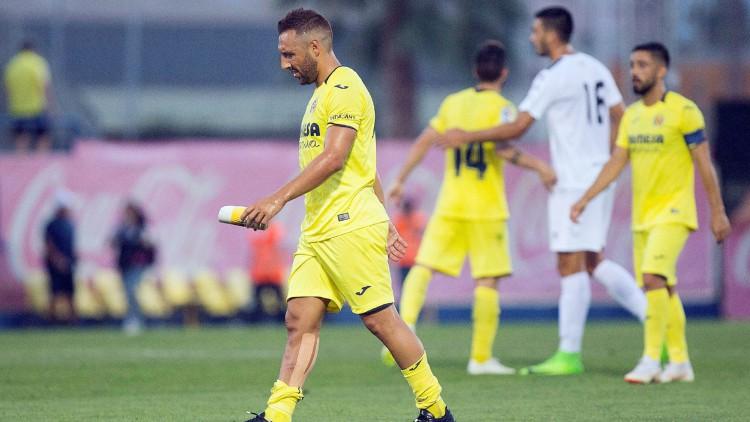 Cazorla debuta con el Villarreal y vuelve a sentirse futbolista