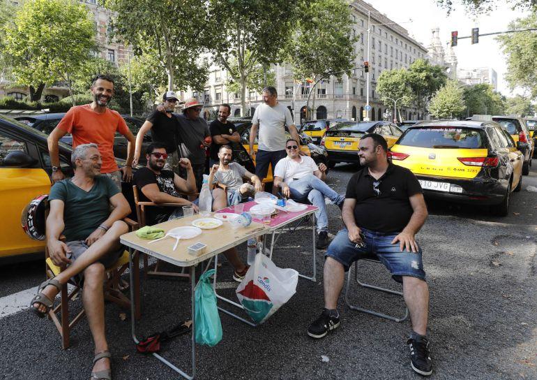 Taxistas vascos se suman a la huelga