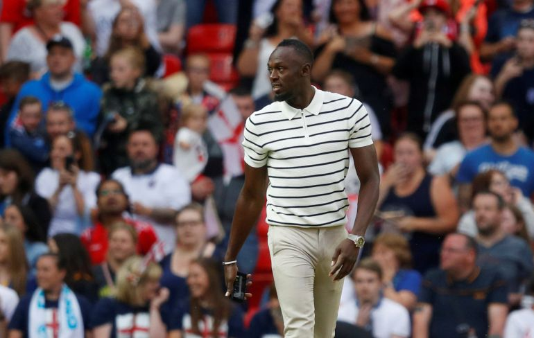 Usain Bolt se inicia como futbolista en Australia