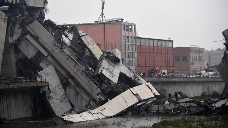 Decenas de muertos por el derrumbe del viaducto de una autopista en Génova