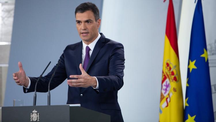 """Pedro Sánchez califica como """"pionero"""" el acuerdo sobre el 'Aquarius'"""