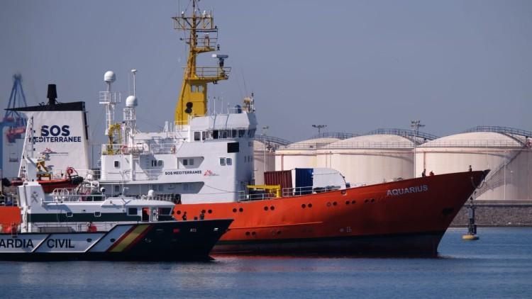España acogerá a 60 migrantes del 'Aquarius' tras un acuerdo entre 6 países