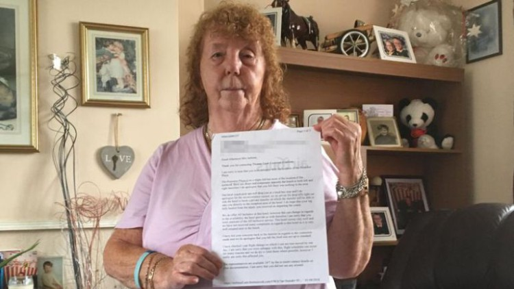 La irónica respuesta de Rhodes a la turista británica que se quejó por exceso de españoles