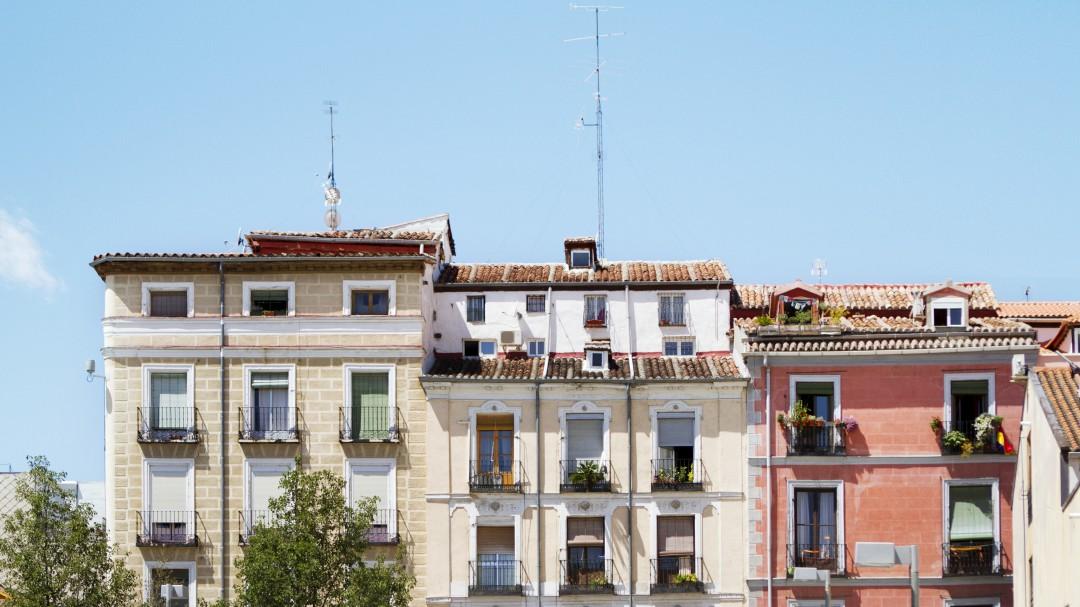 El chabolismo vertical: esto es vivir en un piso de 20 metros en el centro de Madrid