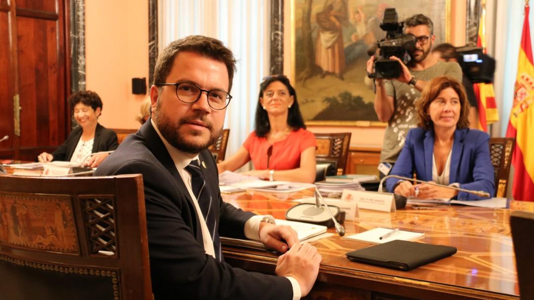 Primer gran acuerdo entre Hacienda y Cataluña: casi 1.500 millones para inversiones y Mossos