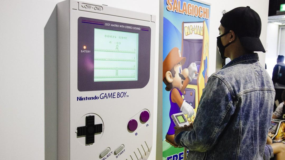Nintendo patenta una funda que convierte tu móvil en una Game Boy