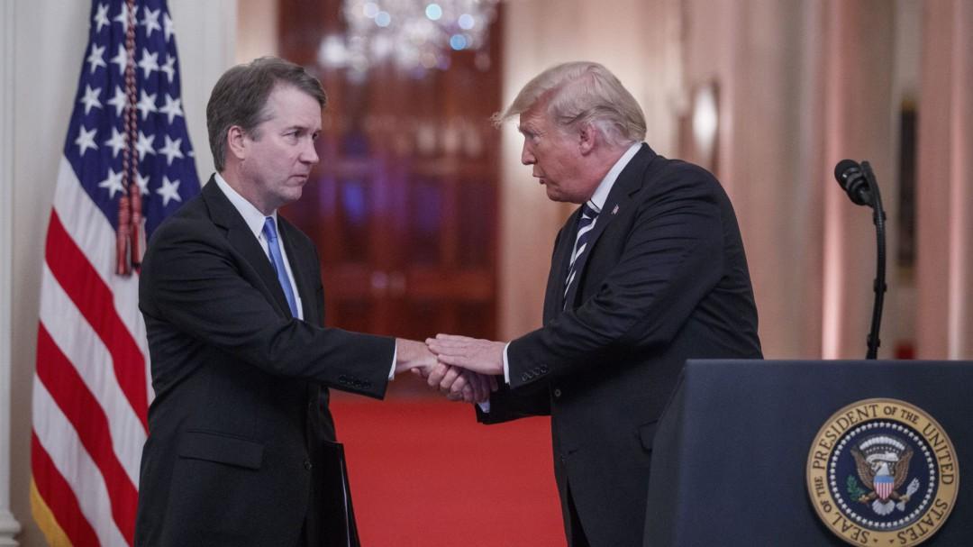 Trump declara inocente al juez Kavanaugh y le pide perdón en nombre de EEUU