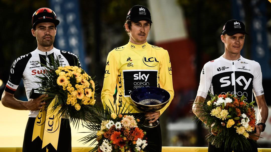 Roban a Geraint Thomas el trofeo de ganador del Tour