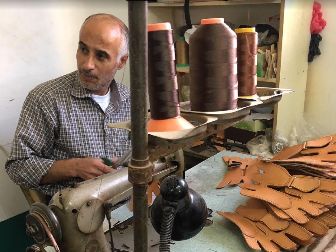 La sandalia palestina que quiere pisar fuerte en el mundo