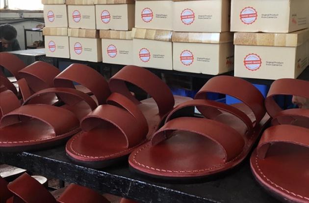 Las sandalias se venden en Corea del Sur, Estados Unidos, Italia, Noruega y desde hace poco también en algunas tiendas de España