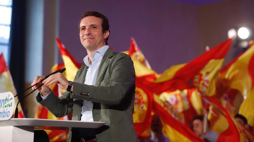 """Casado dice que los Presupuestos de Sánchez son """"la base de una nueva recesión"""""""
