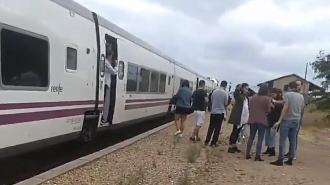 """""""El puente de la vergüenza"""" suma cinco incidencias en el tren extremeño"""