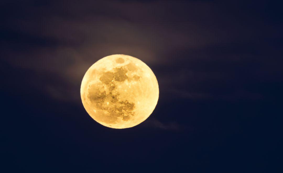 China lanzará al espacio una luna artificial