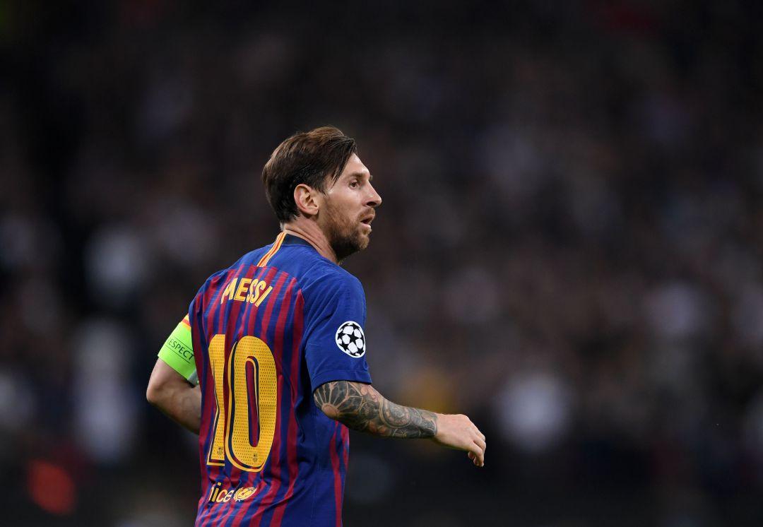 Messi se pierde el Clásico por fractura