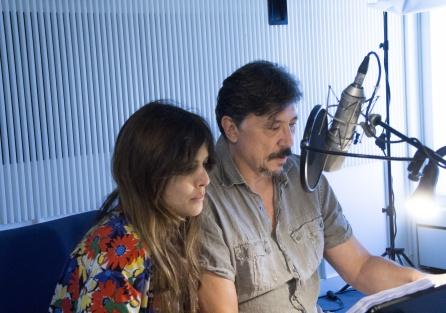 Adriana Ugarte y Carlos Bardem durante la grabación de 'Guerra 3'