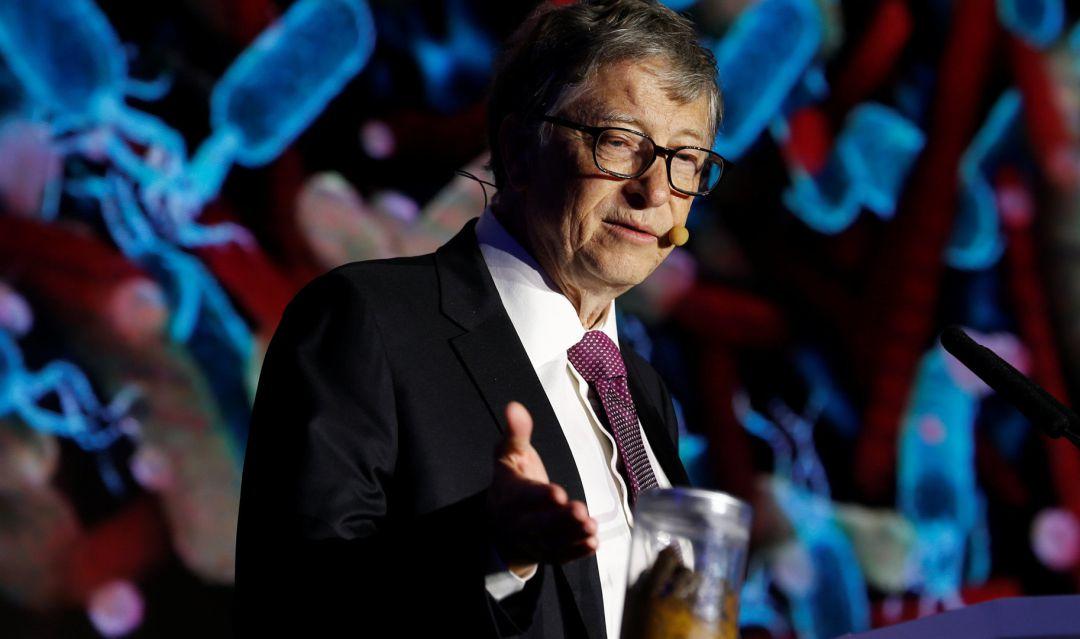 Bill Gates presenta el váter del futuro
