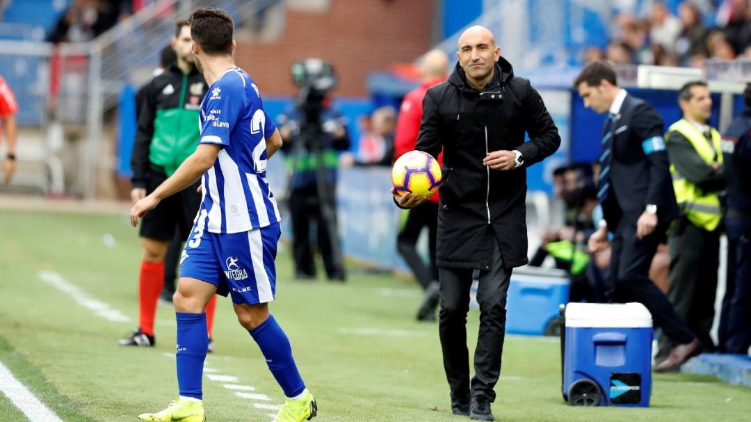 """Abelardo, sobre el estilo: """"Somos el equipo con menos posesión y vamos cuartos"""""""