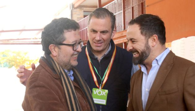 Serrano, Ortega-Smith y Abascal