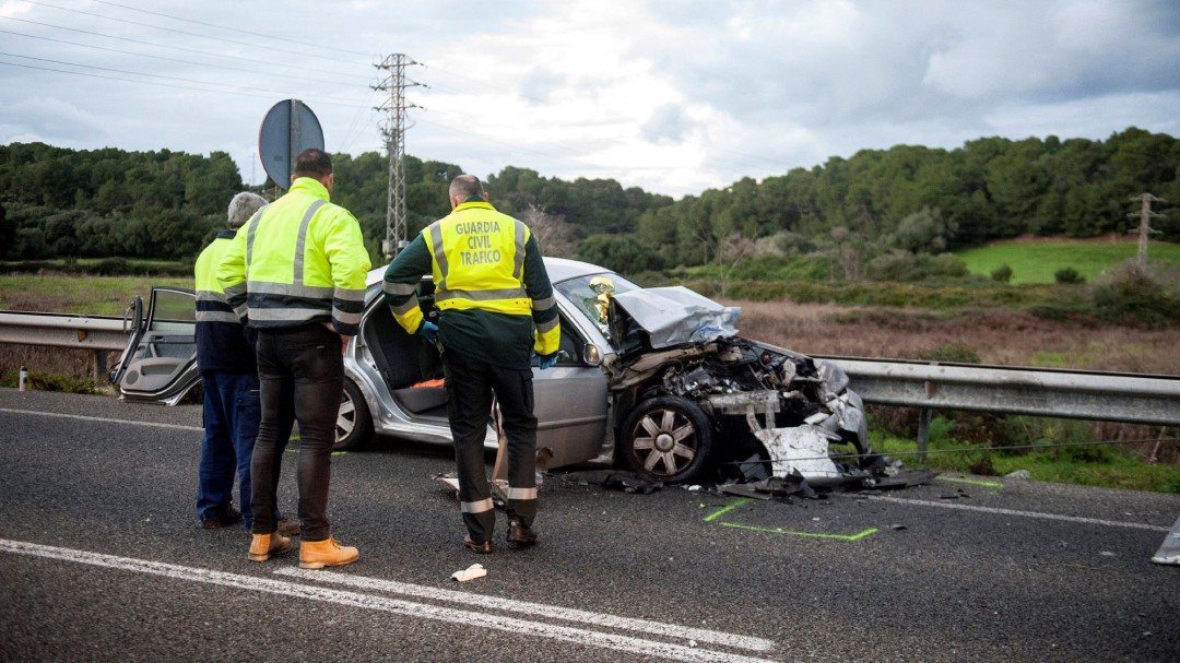 Fallece una mujer en un accidente en la carretera de Fornells