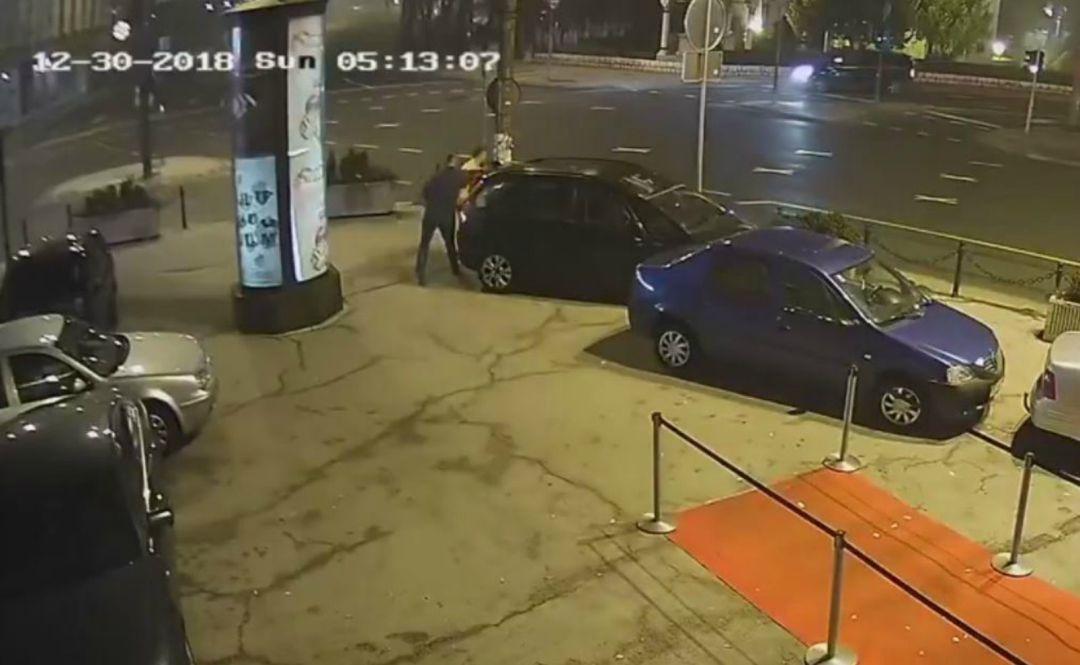 Exluchador de MMA defiende a mujer atacada afuera de discoteca