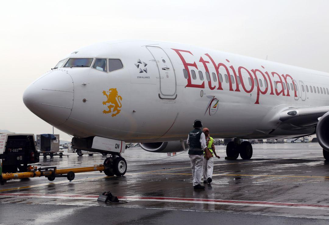 Mueren 157 personas en un accidente de avión en Etiopía