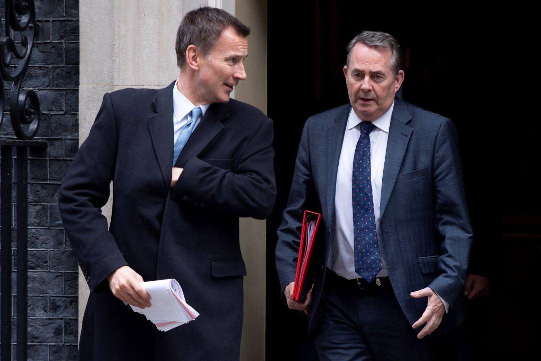Según medios británicos, May conseguiría acuerdo por Brexit a cambio de renunciar