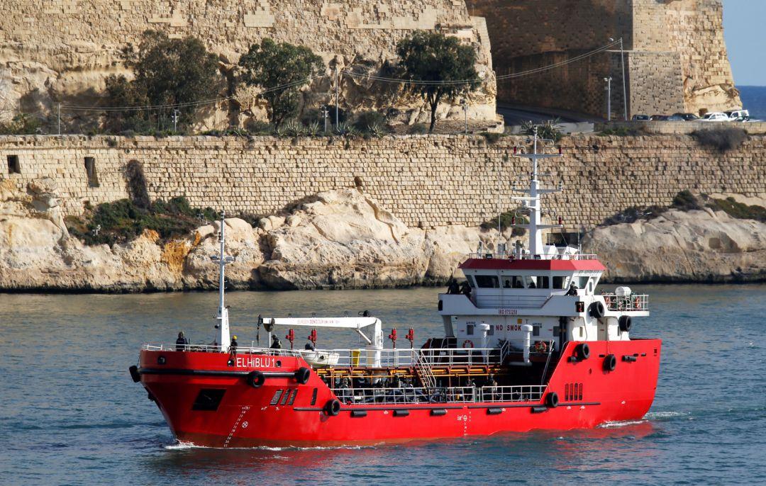 Migrantes desviaron hacia Europa el barco que los había rescatado